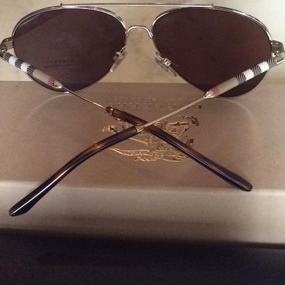 295ad4b28dca New Auth Burberry 3092q aviator Sunglasses Gold